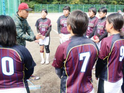 奄高女子ソフトボール部が鹿児島遠征