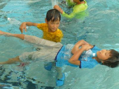 水の事故防止など学ぶ