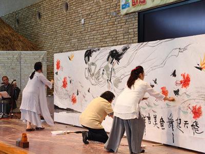 中国の水墨画作家、父娘三人展