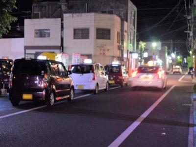 宴会自粛でタクシーなど売上低迷