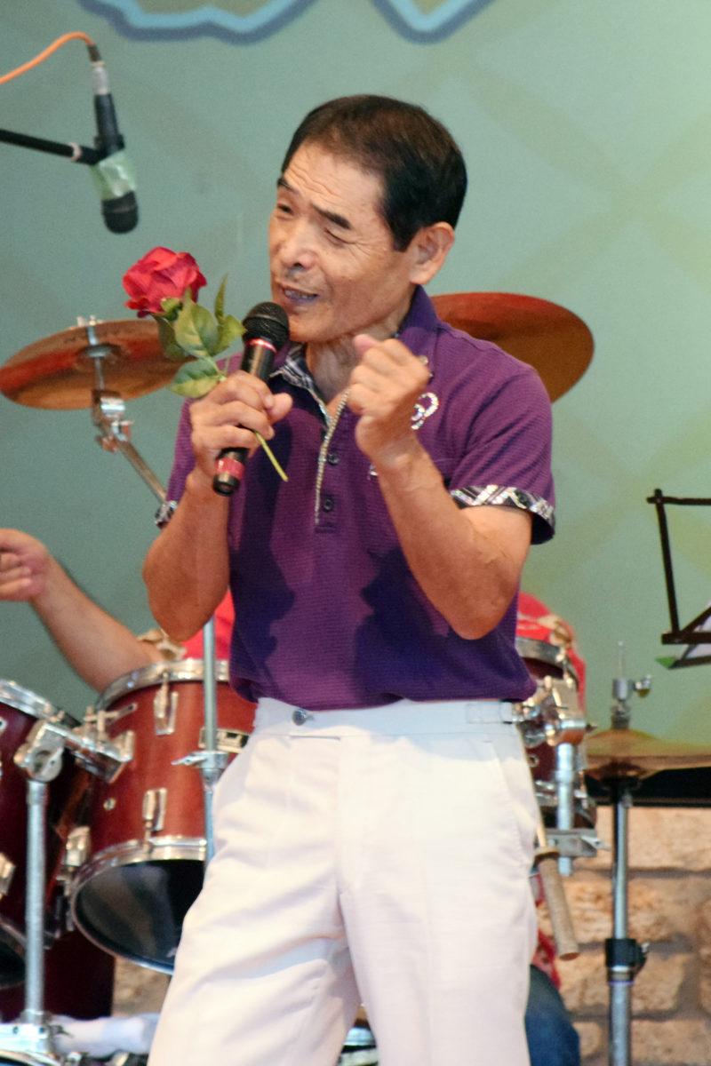 奄美パークで昭和歌謡祭