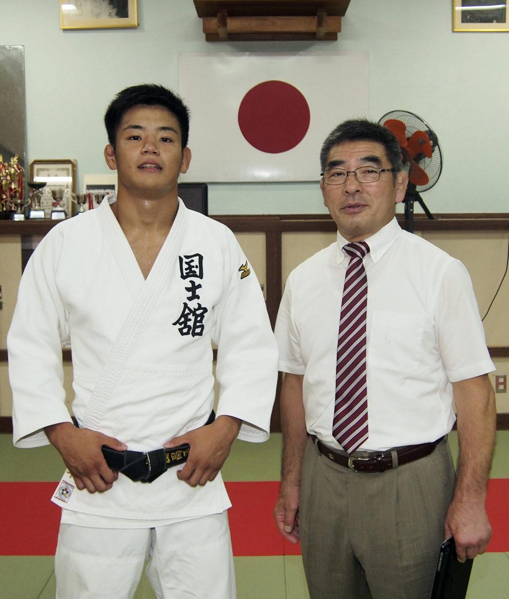 国士舘大柔道部長が来島 – 奄美...