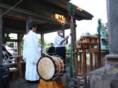 和泊町南洲神社で偲ぶ会