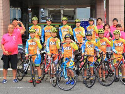自転車競技の選手ら奄美合宿