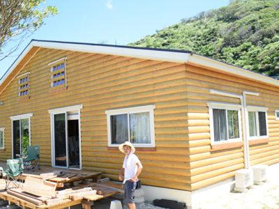 資格取得し民泊カフェ建設