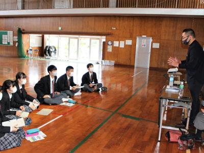 大島北高1年生職業人座談会